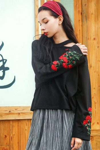 Floral Embroidered Black Thin Sweater