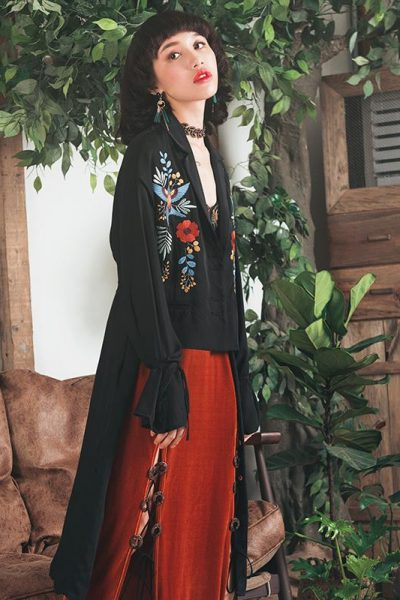 Floral Embroidered Fake Two Pieces Jacket
